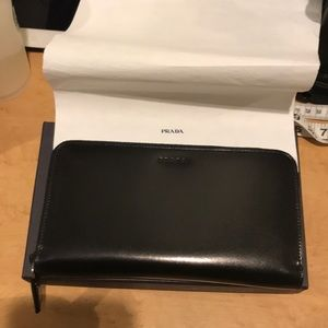 Authentic Prada Düsseldorf leather Wallet NEW